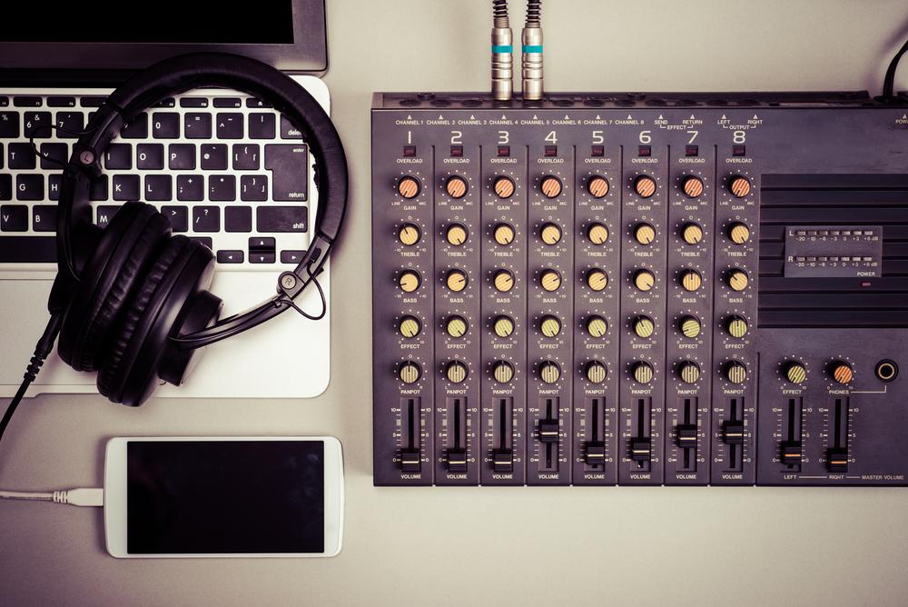 Top 3 Best Blockchain Platforms for Music Distribution » NullTX
