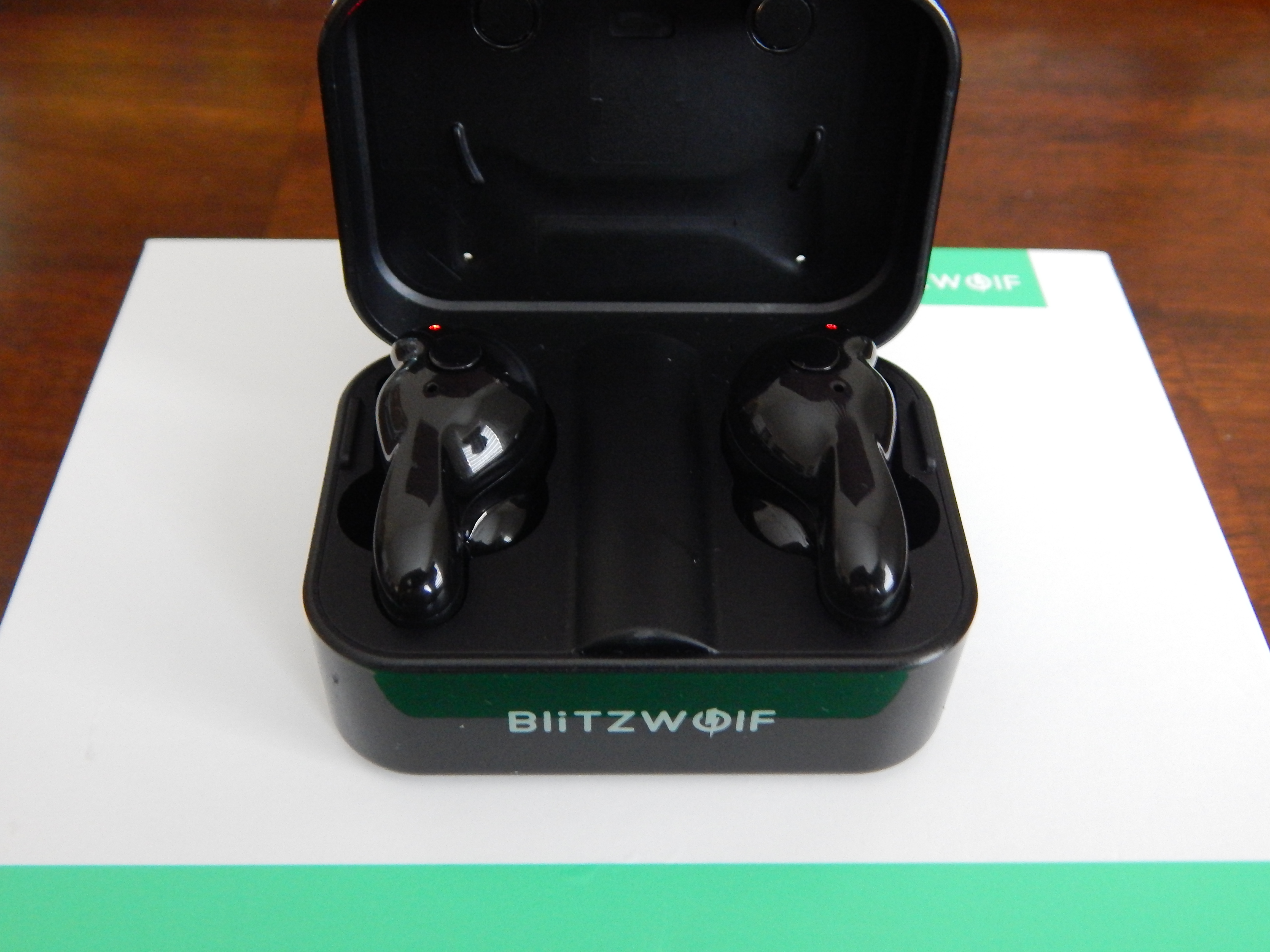 BlitzWolf BW FYE1 Case Open